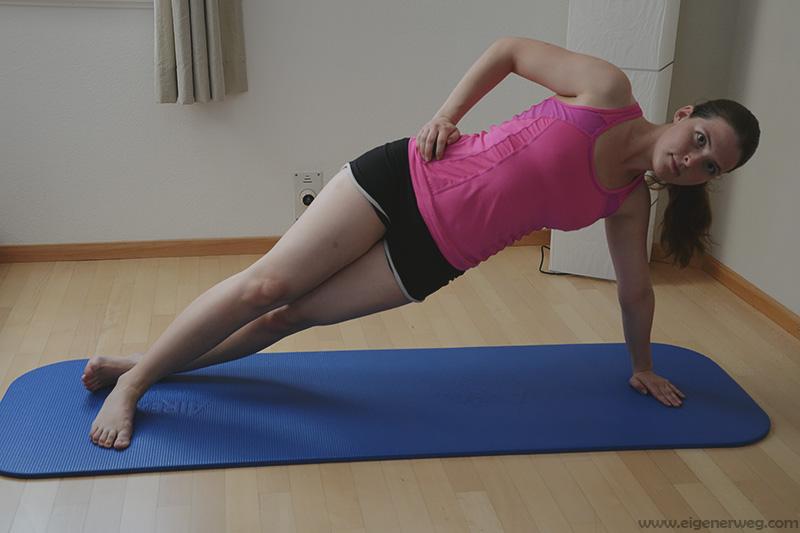 Übung der Woche: Seitlicher Plank /  Seitstütz: 16 fordernde Varianten