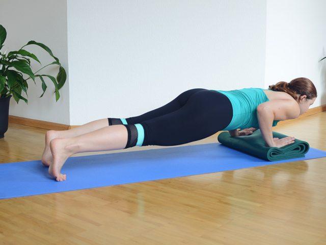 Liegestützen-Plank-Ariana-Sport-Workout