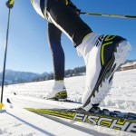 cross-country-skiing-624246_1280